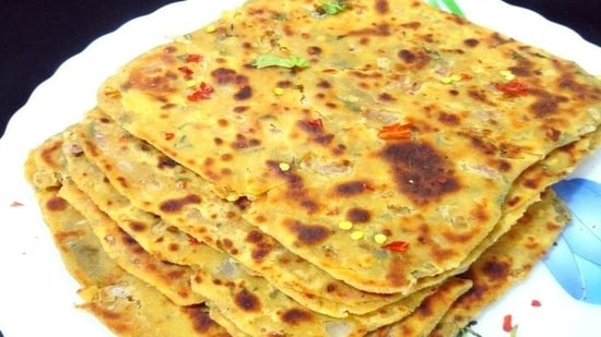 4. Dal potato paratha: Aloo paratha is every kid's favourite. Add a bit of dal to the stuffing, and you can enhance the nutritional value of the breakfast instantly.(Pinterest)