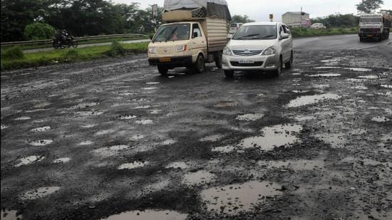 While the police maintain that the deceased came on the wrong side of the road and was not wearing a helmet, few say that the road was dug up poorly on both sides. (Representational picture)
