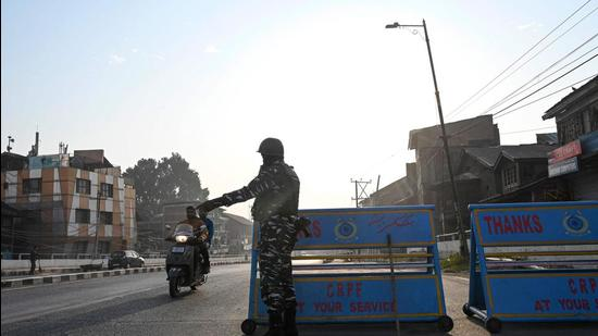 Kashmir lies at the intersection of the agenda of LeT, JeM and ISI. With fears raised due to India's response to terror, the Pakistani handlers of these outfits may shift jihadi training camps to Afghanistan and keep the staging posts near the Indo-Pak border to push in militants. (AFP)