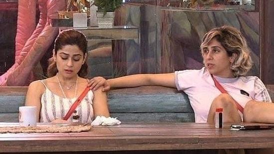 Shamita Shetty and Neha Bhasin in Bigg Boss OTT.