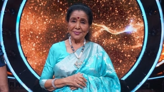 Asha Bhosle appeared on Indian Idol 12 where she also talked about one of her most famous songs.