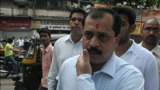 Dismissed Mumbai Police officer Sachin Vaze allegedly paid money to the woman escort seen at five-star hotel. (HT FILE)