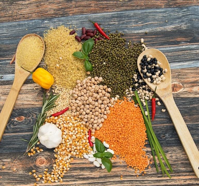 Lentils are a good source of fibre, folate and potassium.(Pixabay)