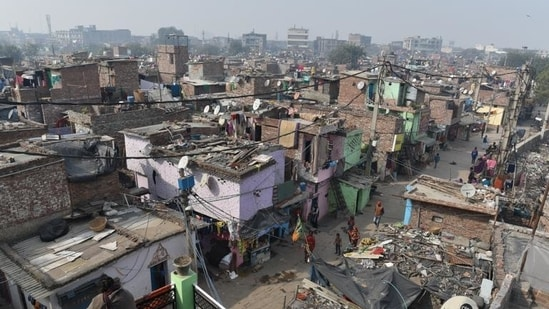 In 2020, 7,689 people were evicted in 73 drives for encroachment removal and beautification, and 8,658 people were pushed out in 33 drives for infrastructure projects across India.(Sanchit Khanna/HT file photo. Representative image)