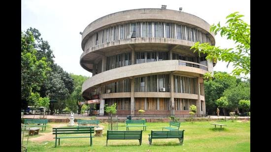 This year, Panjab University's score in teaching, learning and resources, which includes its total student strength, faculty-student ratio and financial resources, dropped to 48.88 from last year's 50.08.  (HT File Photo)
