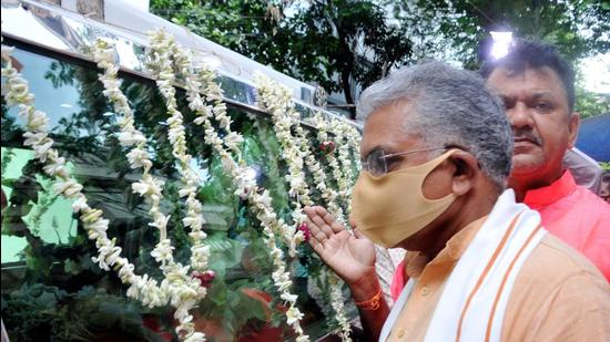 West Bengal BJP President and MP Dilip Ghosh during the funeral of party worker Abhijit Sarkar, who was allegedly killed in post-poll violence by Trinamool Congress, at BJP headquarters in Kolkata, Thursday. (PTI)