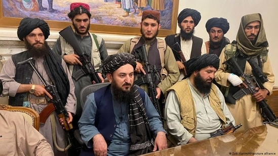How difficult will it be for the Taliban to govern a multiethnic, war-torn and impoverished country?(Zabi Karim/AP/picture alliance)