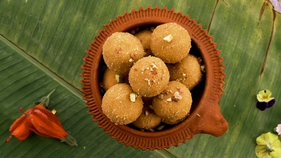 Ganesha Chaturthi recipe: Ring in the festivities with this besan ka ladoo(Whirlpool India)