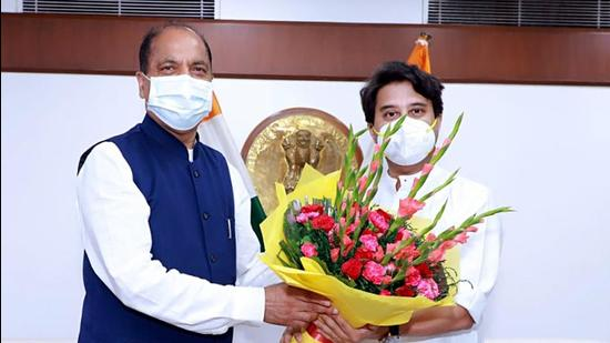 Himachal Pradesh chief minister Jai Ram Thakur calls on Union Minister for civil aviation Jyotiraditya Scindia, in New Delhi on Thursday. (ANI)