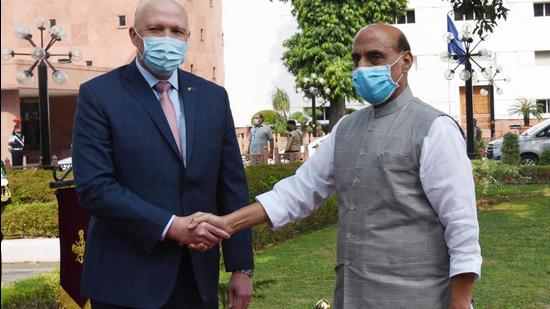 Defence Minister Rajnath Singh greets his Australian counterpart Peter Dutton at Vigyan Bhawan in New Delhi on Friday. (Ajay Aggarwal /HT PHOTO.)