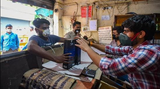 Under the Delhi Excise Policy, 2021, the city has been divided into 32 zones and allotment of licenses is now being done on a zonal basis. (Amal KS/HT PHOTO)