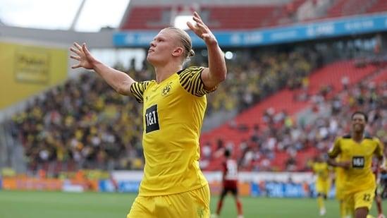 Erling Haaland of Dortmund celebrates scoring his team's fourth goal(Getty)