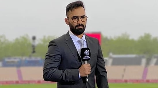 'Spoke to few Indian players, some of them didn't sleep till 3 am': Dinesh Karthik on why Manchester Test was cancelled(Dinesh Karthik/Instagram)