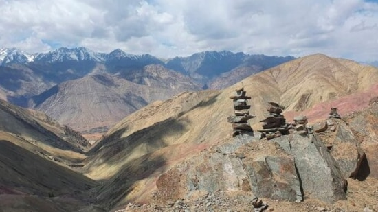 Sham Valley trek: Trekkers can plan a trek to Sham Valley instead of the Markha valley trek which is one of the most popular treks in Ladakh. Sham Valley Trek is a beginner-friendly trek and much easier than the Markha trek. So if you are travelling with family then you can easily cover this trek.(Unsplash)