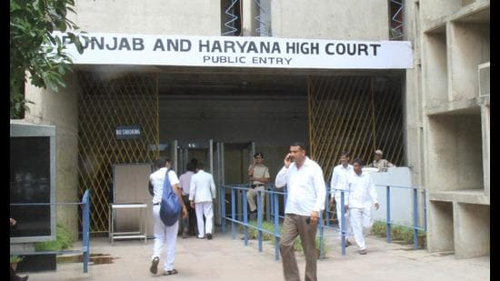 JCT Electronics 31-acre plot was sold for <span class='webrupee'>₹</span>90.56 crore and a plea was filed in the high court, seeking a CBI probe into the matter.