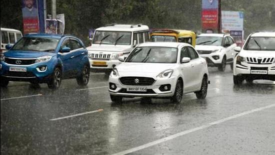 Thunderstorm and lightning are likely to occur at several places including Buxar, Bhojpur, Rohtas, Bhabhua, Aurangabad, Arwal, Siwan, Saran, Gopalganj, Patna and Gaya (HT Photo)