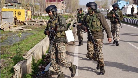 CRPF recovers hand grenades (ANI)