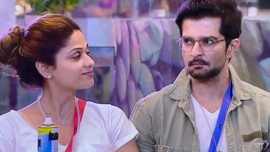 While Karan Johar called Raqesh Bapat 'sexist' for a comment he made earlier in the week, Shamita Shetty defended him and said that it may have come out wrong.