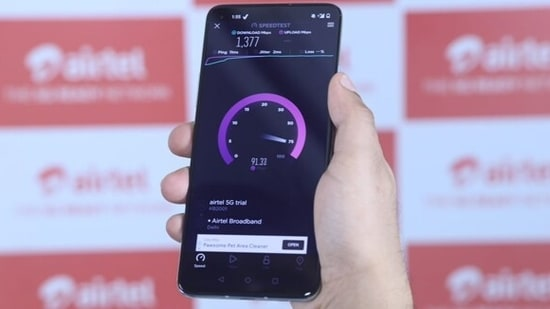 Airtel invited two of India's pro gamers - Mortal (Naman Mathur) and Mamba (Salman Ahmad) to test the technology firsthand.