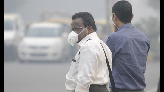 The Central Pollution Control Board has identified 94 non-attainment cities, which have consistently violated air quality standards throughout the country, and Dera Bassi is one of them. (HT FILE PHOTO)