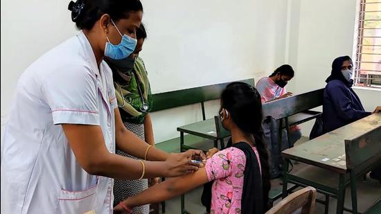 Tamil Nadu has been witnessing an increasing trend with regard to new Covid cases over the last few weeks and was adding over 1,600 daily infections. However, on Monday, the new infections fell to 1,580. (ANI)