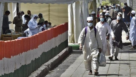 On April 15, the court had allowed 50 people to offer namaz five times a day atNizamuddinMarkaz during Ramzan, saying there is no direction in the Delhi Disaster Management Authority (DDMA) notification to close down places of worship.(Ajay Aggarwal/HT file photo)