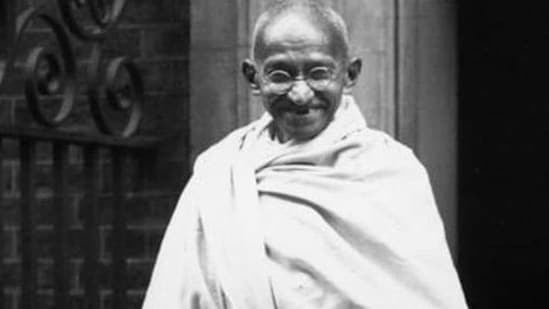 Before joining the freedom movement, Gandhiji travelled all across India and found that Hindi is the only language that can connect the whole country.(Getty Images)
