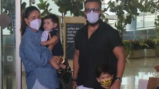 Kareena Kapoor and Saif Ali Khan, along with their children Taimur and Jehangir, at the Mumbai airport.(Varinder Chawla)