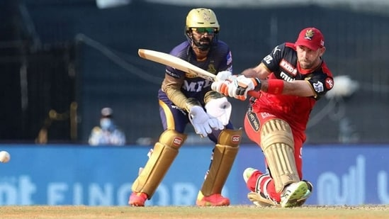 Parthiv Patel lauds RCB's management for allowing Glenn Maxwell to play freely, says some players flourish in a certain atmosphere(IPL)