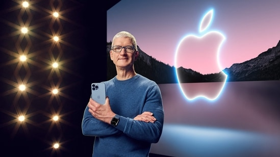 The 'Dum Maaro Dum'-inspired tune played during the Apple event 2021, when the company's CEO Tim Cook arrived to present the product line-up at the auditorium in Apple's headquarters.(AFP)