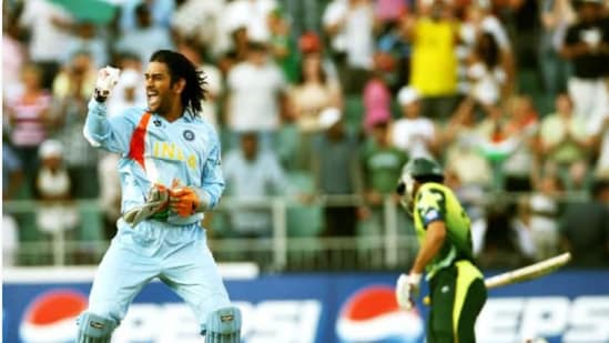 MS Dhoni celebrates after India beat Pakistan in 2007 T20 World Cup final. File image.(Getty Images)
