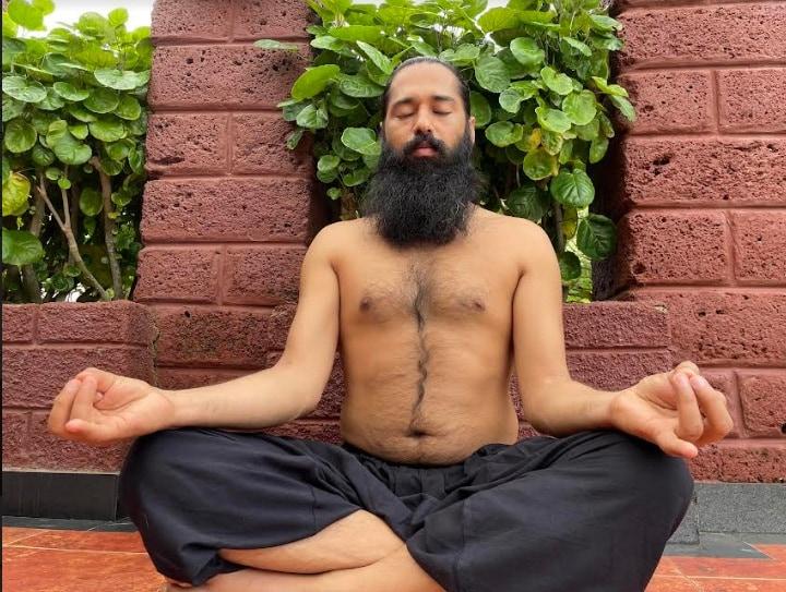 Hridaya Mudra(Grand Master Akshar)