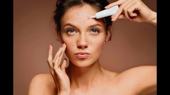Find out how to avoid clogged pores and bacteria strains that cause those pesky zits
