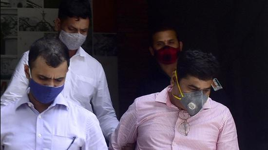 Sanjeev Palande (pink shirt) , who was working as private secretary to former home minister Anil Deshmukh, was arrested on June 26 over money laundering charges. (HT File)