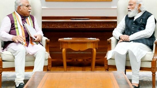 Haryana Chief Minister Manohar Lal Khattar met Prime Minister Narendra Modi in New Delhi on Thursday(PTI Photo)