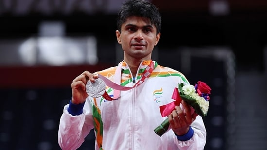 Silver medalist Suhas Yathiraj of India poses on the podium.(Getty)