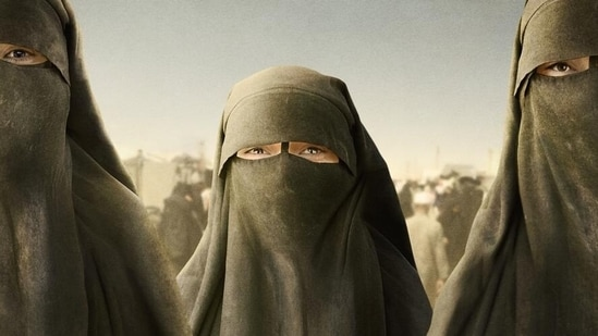 The niqab makes it difficult to identify Yazidis living in the camp(LOLAV MEDIA AB 2021)