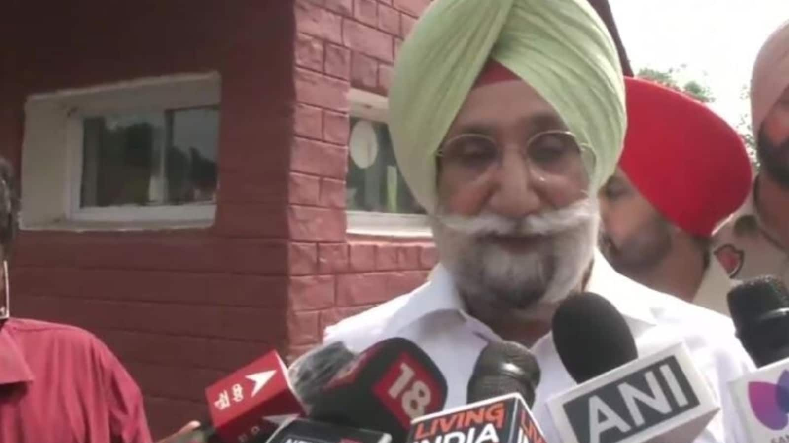 Who is Sukhjinder Singh Randhawa who has the support of all Punjab Congress MLAs   Latest News India - Hindustan Times