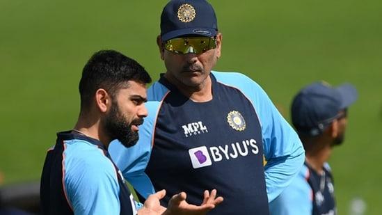Ravi Shastri (R) and Virat Kohli.(Getty)