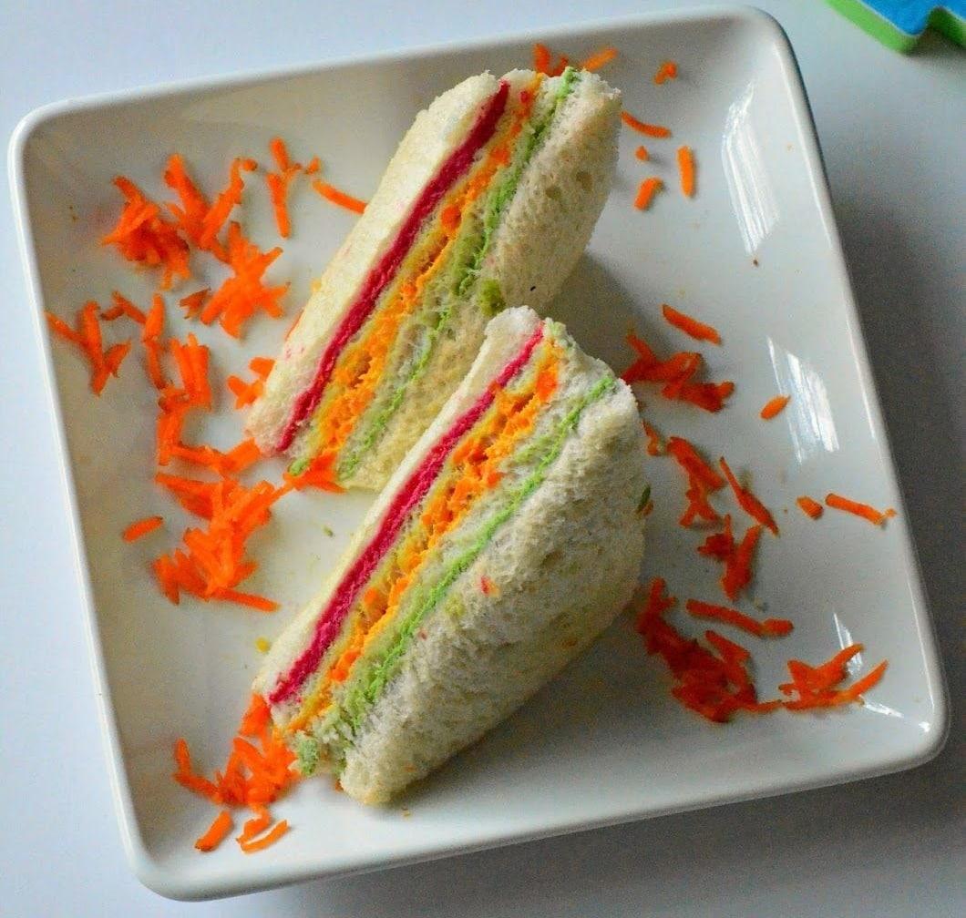 Rainbow sandwich(Pinterest)