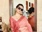 Kangana Ranaut clicked a few pictures before arriving for the hearing.