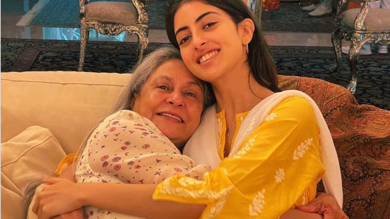 Navya Naveli Nanda shares pic with nani Jaya Bachchan, fan wants to know if chairs behind them are real silver - Hindustan Times