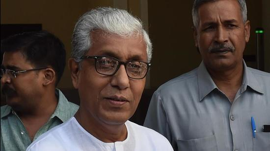 """CPM leader and former Tripura chief minister Manik Sarkar said the question of political alliance with the Trinamool Congress (TMC) or other parties in the 2023 assembly elections does not arise. """"We don't do politics only for votes,"""" Manik Sarkar said. (HT Photo/Sonu Mehta)"""