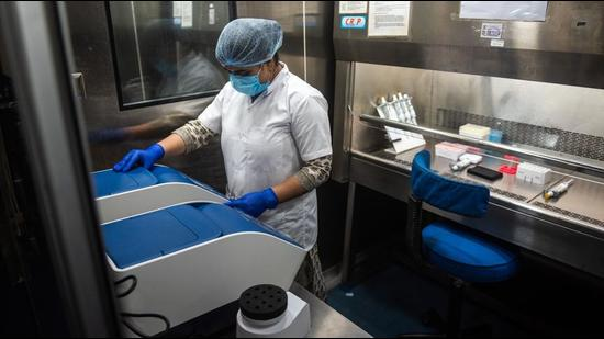 Mumbai's first genome sequencing lab, which was inaugurated on August 4, is not part of the Indian SARS-CoV-2 Genomics Consortium (INSACOG) — a network of 28 laboratories across the country tasked with studying the genomes of the various variants that emerge through the course of the pandemic — but its work contributes to the larger knowledge base being created about the coronavirus and its variants. (Pratik Chorge/HT PHOTO)