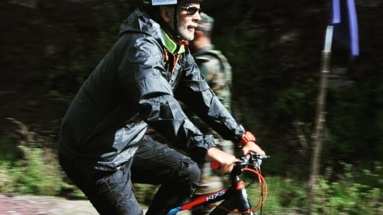 Milind Soman cycles from Kashmir's Baramulla to LOC near Uri and we are inspired(Instagram/milindrunning)