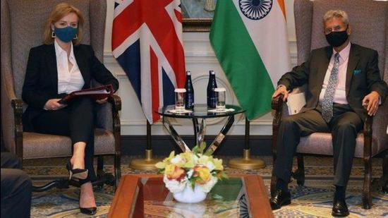 The vaccine certification issue was raised by external affairs minister S Jaishankar during a meeting with his British counterpart Liz Truss on the margins of the UN General Assembly in New York late on Monday. (TWITTER/@DrSJaishankar.)