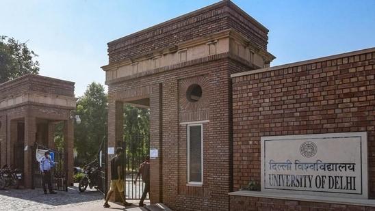 DU Reopening 2021: Delhi University shares fake news notice regarding reopening