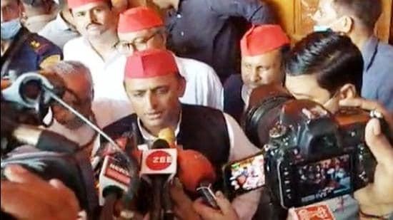 Akhilesh Yadav addresses media in Prayagraj on Tuesday. (HT photo)