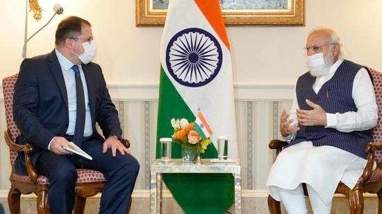 PM Modi meets CEO of Qualcomm Christiano R Amon on Thursday.