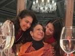 Kajol, Tanishaa Mukerji celebrate Tanuja's 78th birthday.